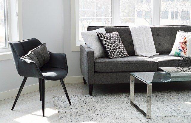 家具も新生活に必要なものの一つ